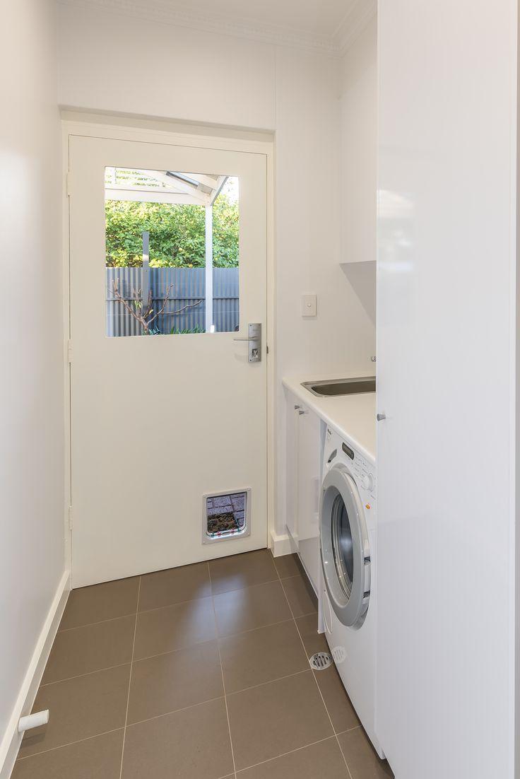 Small Compact Laundry with Room to Move #brilliantsa #laundry #renovation #compact