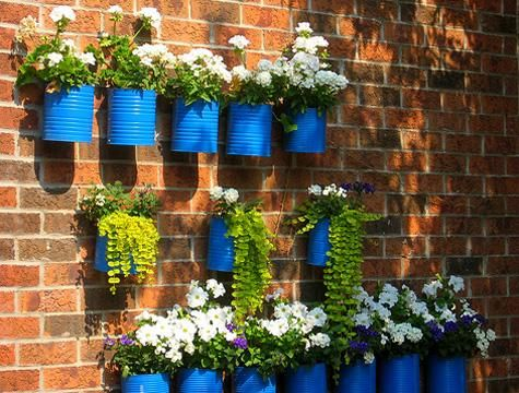 blue: Gardens Ideas, Cane Memorial, Flowers Pots, Paintings Cans, Coffee Cans, Tin Cans, Planters, Tins Cans, Wall Gardens