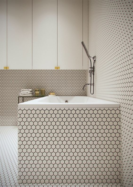 Love this wall covering #interiordesign #bathroom #wallcoverings #white #hexagons