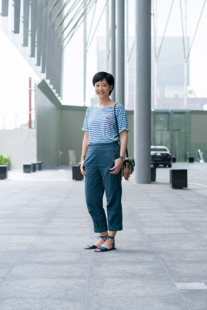 SHENTONISTA: A Different Look. Tian Yun, Global Mobility. Top from French Connection, Pants from Uniqlo, Bag from Marc By Marc Jacobs. #shentonista #theuniform #singapore #fashion #streetystyle #style #ootd #sgootd #ootdsg #wiwt #popular #people #male #female #womenswear #menswear #sgstyle #cbd #FrenchConnection #Uniqlo #MarcByMarcJacobs