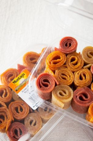 These mini dried fruit roll-ups are great as an on-the-go snack or as a treat for your little ones lunchboxes! Check out our range here: bit.ly/29aaKJa