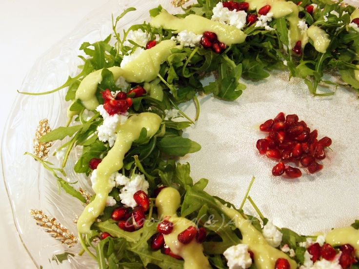 Christmas Wreath Salad with Arugula & Avocado Dressing/Cooking(&)Art