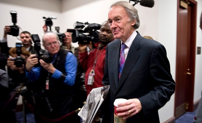 """Massachusetts Senate Race Will Pit Ed Markey Against Gabriel Gomez ... 05/01/13 Markey, a """"longtime"""" Democratic congressman, will be the heavy favorite in a special election to replace John Kerry. Markey, who has served in the House since 1976, will now face Republican Gabriel Gomez in the June 25 general election. Markey received support from the party """"establishment in Washington"""" and Massachusetts, and won Kerry's endorsement shortly after entering the race..."""