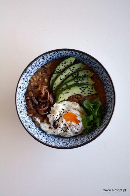 eintopf: owsianka z pastą miso, awokado, jajkiem w koszulce...