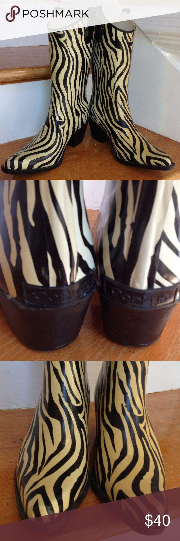 Corkys zebra pattern Gold/Black cowboy rain boots Almost perfect! And so unique... Perfect for the person who wears a lot of black gold and white Corkys Shoes Winter & Rain Boots