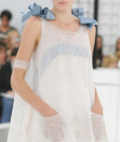 .: Baby Blue, Clothing Altered, Satin Bows, Sparkly Dresses, Sweet Dresses, 60S Style, Big Bows, Blue And White, Haute Couture