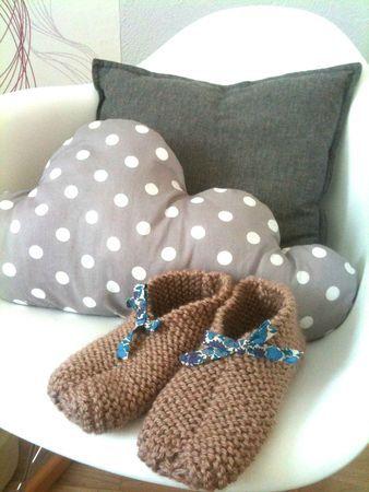 DIY : des chaussons pour réchauffer nos petons pendant les après-midi passés à tricoter!