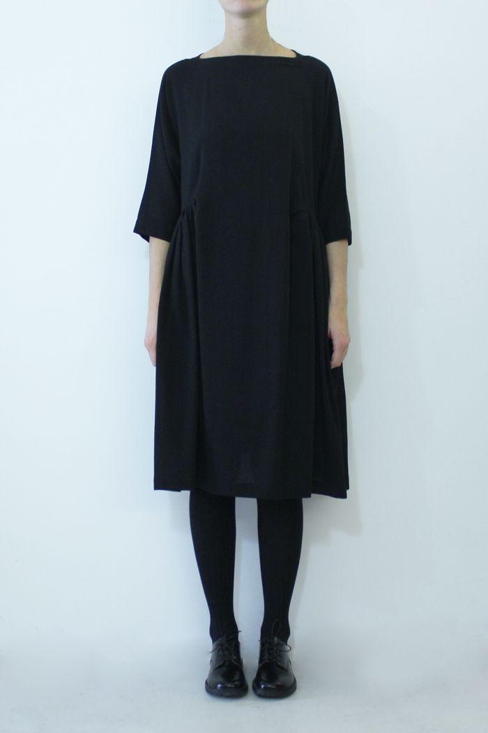 a35b.w89.1 long collo tondo v dress