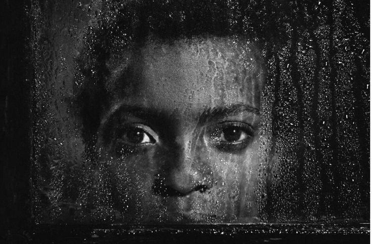 Pedro Luis Raota (1934 - 1986) fue un fotógrafo argentino conocido internacionalmente, se le considera uno de los mejores fotógrafos del mundo y es, sin duda, el fotógrafo argentino que mayor número de premios ha recibido en concursos y salones fotográficos de todo el mundo. www.culturainquieta.com #art #photography
