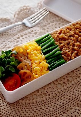 蓮根チップスとそぼろ・・お弁当&スナック菓子でワイワイ&嬉しいこと♪|レシピブログ