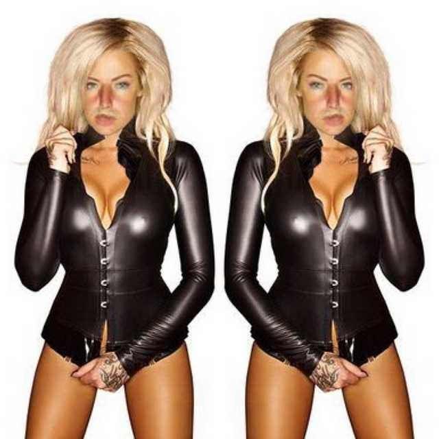 Imgur Post - Imgur Celebrity Fashion Marisa Kardashian  #sexywomen #marisakardashian #marisa #kardashian #fashionweekly #celebrity #celebritynews #celebrityfashion #celebritystyles #sexyoutfits #sexydress #sexbabes #fashionmodel #model #sexy #fashion #latexfashion #blackleatherskrits  #longpincelskrits #dreamgirls #dreamgirl #hourgalssfigure #hourglass #curves #curveywomen
