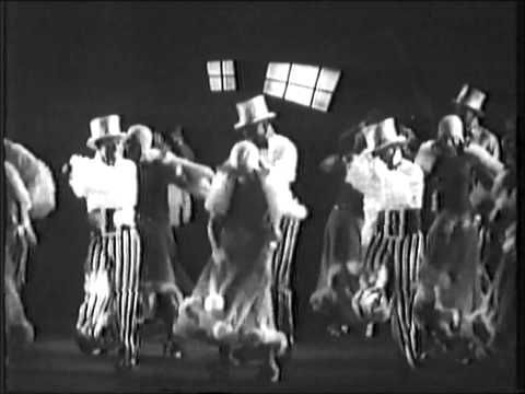 Putting on the Ritz - Original 1930 Movie Sequence High Quality.wmv - YouTube