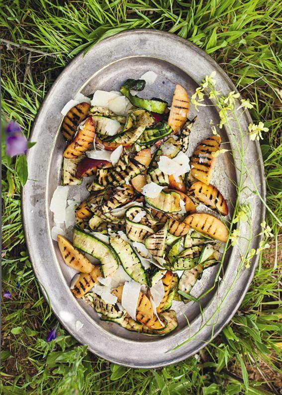 Nectarine & baby marrow salad #rooirose