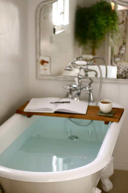 21 best images about bathtub trays on pinterest clawfoot for Claw foot soaker tub