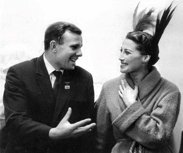 Jurij Gagarin and Maya Pliseckaya, 1961г.