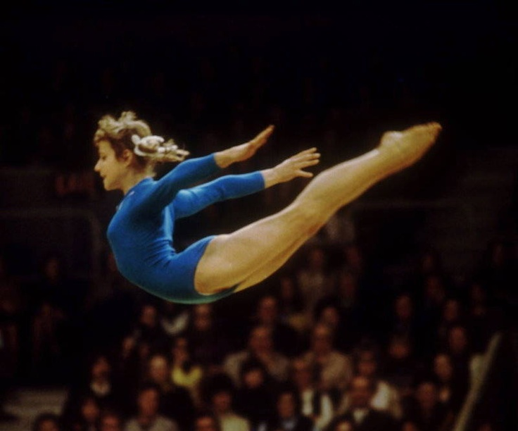 history of the 1984 olympics in los angeles to be gymnasts and pictures of