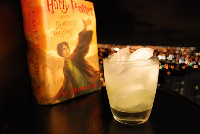Lucius Malfoy: Add Ice, Harry Potter Drinks, Alcohol Drinks, Oz Bourbon, Cocktails Concoct, Potter Mixology, Oz Lemonade, Lucius Malfoy, Slices Lemon