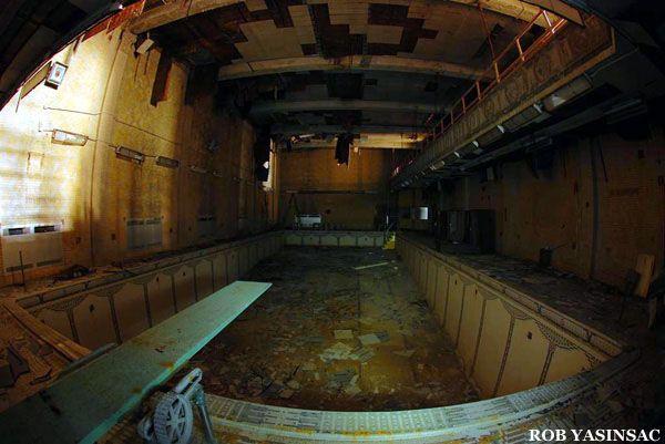 Hudson Valley Ruins : Yonkers Public Bath Number 4, by Rob Yasinsac
