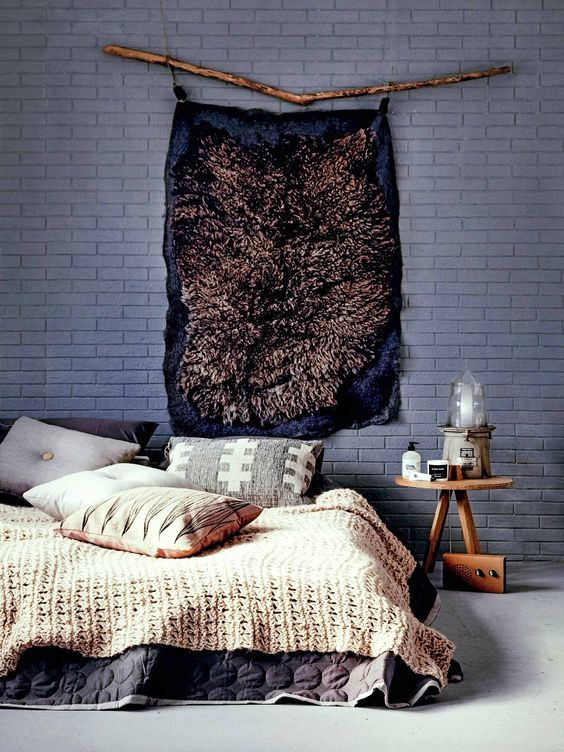 When it comes to decorating your bedroom, your bed will naturally be the focus of the room. But whether you simply don't like traditional headboard and want something different or all you have is a mattress on the floor and little spare cash, there lots of ubber cool ways to fill up that space above your bed without necessarily breaking the bank.