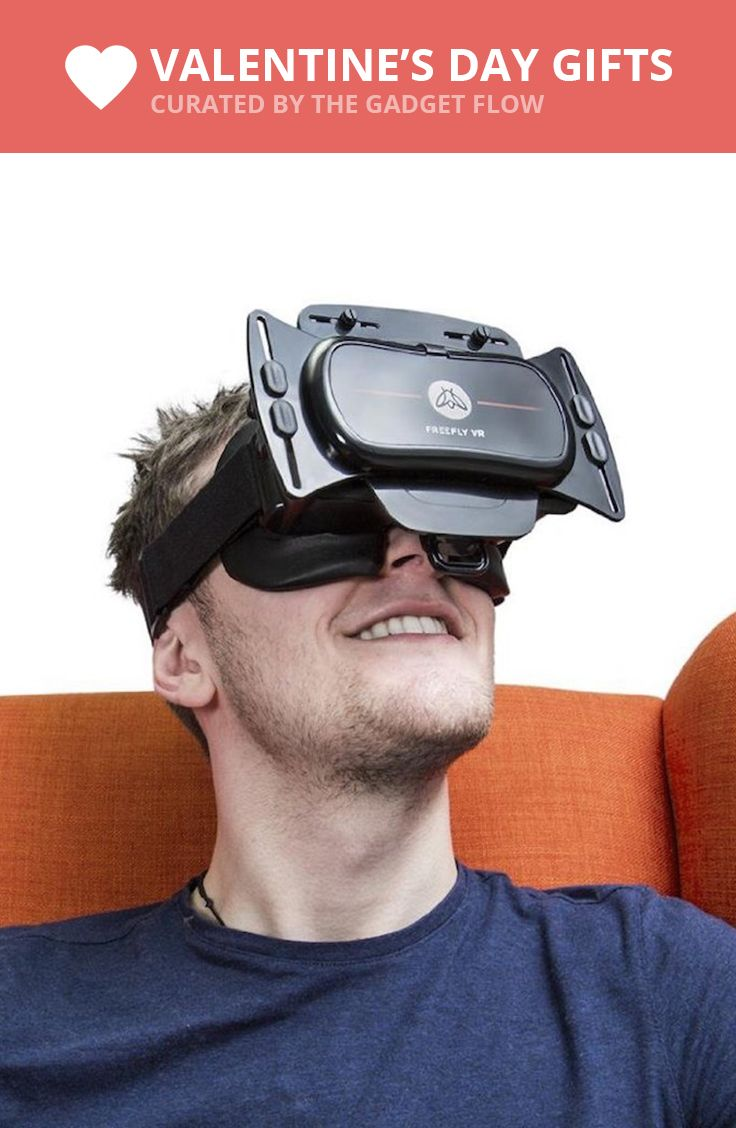 If you think your smartphone entertainment needs the touch of virtual reality, the Freefly VR headset is what you can go for.