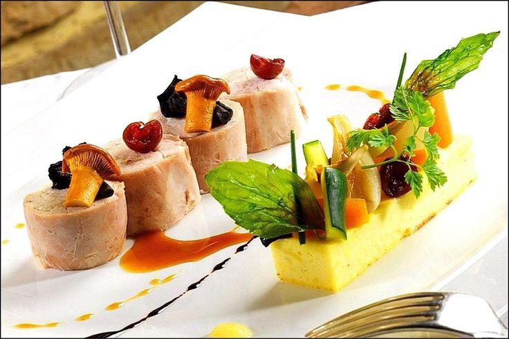 Decoration assiette gastronomique recherche google for Decoration a l assiette