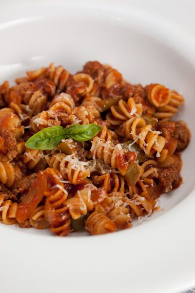 Tomato Beef Pasta: Yummy Ideas, Tomatoes Beef, One Pots Meals, Mom Recipe, Sauces, Food, Posts, Dinners Ideas, Beef Pasta