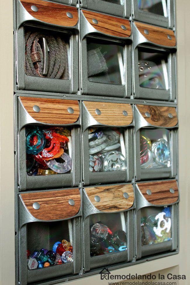 Remodelando la Casa: Flip-Out Bins - Kid's Room Organization