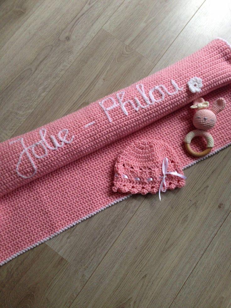 Voor het eerst een deken met naam gemaakt!!   Vond het best een beetje spannend of het wel zou lukken,   maar gelukkig werd het precies zo...