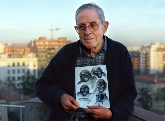 JORDI SABATER PI, the catalan Ape specialist and scientist who discovered and Kept SnowFlake ( Nfumu Gui ) in Equatorial Guinea ( Ikunde ) in 1966 .