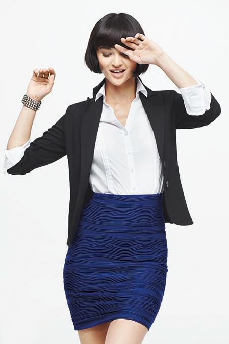3/4 sleeve blazer - Long sleeve blouse - Textured skirt    Veston à manches 3/4 - Chemisier à manches longues - Jupe texturée #reitmans #petite