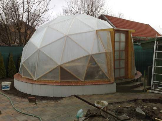 277 best geodesic dome greenhouse images on pinterest for Geodesic greenhouse plans free