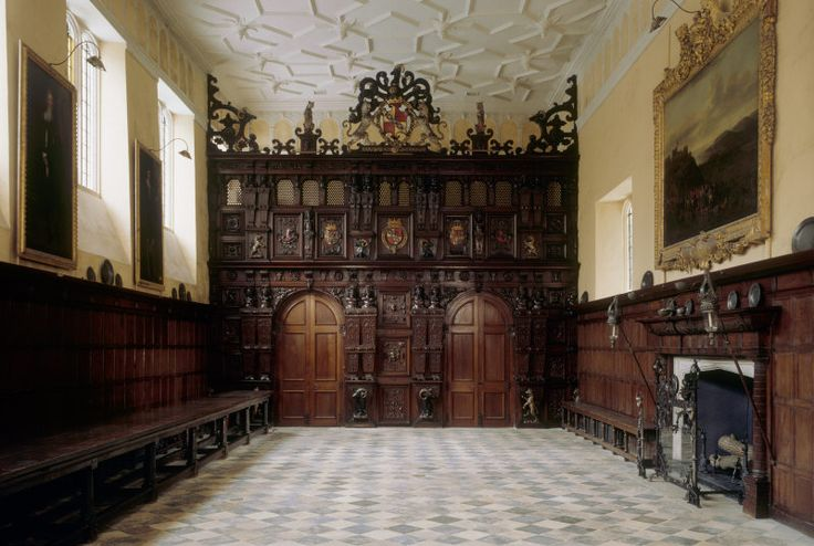 The Great Hall at Knole. Both the floor and the carved screen date from the remodelling of the house in 1605-1608. ©National Trust Images/Andreas von Einsiedel