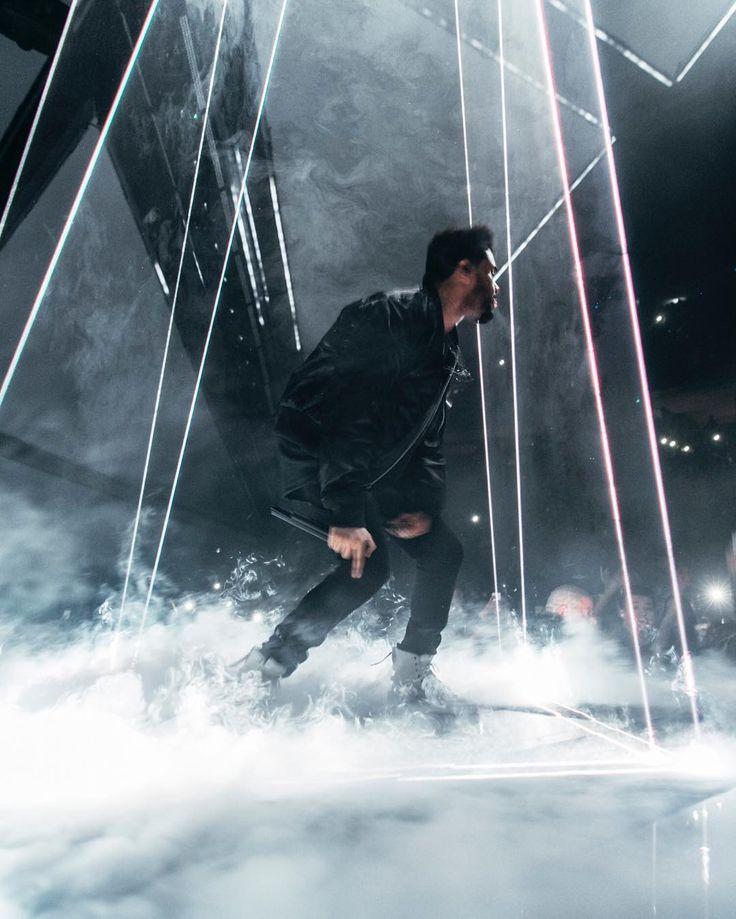"278.7 m Gostos, 1,621 Comentários - The Weeknd (@theweeknd) no Instagram: """""