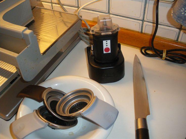 Der ELSHARP paßt gut auf jedes Küchenbord.