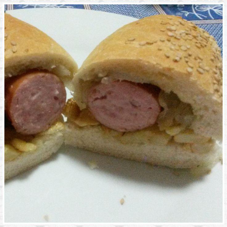 Hot Dog patatine e cipolla Hot dog with Sicilian bread  Hot dog con pane siciliano