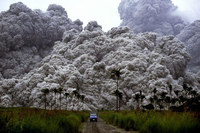 Szélsebes hamufelhőként zúdult alá a perzselő halál