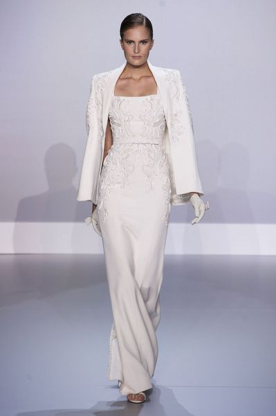 Haute Couture SS 2014 – Ralph & Russo See all fashion show on: http://www.bookmoda.com/sfilate/haute-couture-ss-2014-ralph-russo/ #hautecouture #spring #summer #catwalk #womansfashion #woman #fashion #style #look #collection #SS2014 #ralphandrusso @Ralph & Russo  #fashionshow