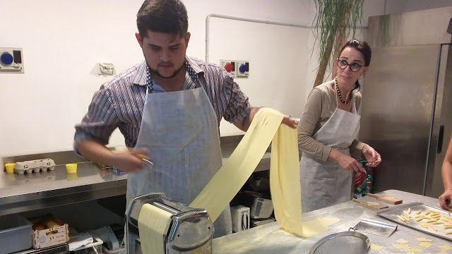 Giglio Cooking School: A Mario E' Piaciuto Particolarmente Fare La Pasta