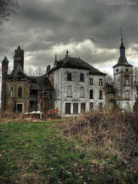 abandoned.jpg 478×640 pixels