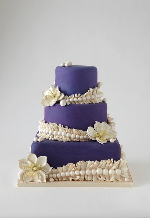 42 Most pretty wedding cake ideas. http://www.modwedding.com/2014/02/02/40-dazzling-wedding-cakes-from-lulu-cake/ #wedding #weddings #cakes... Personalized Cake serving sets...  http://www.thevineyard.carlsoncraft.com