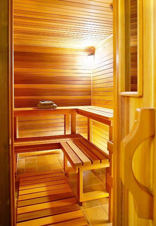 I want a little traditional outdoor sauna!