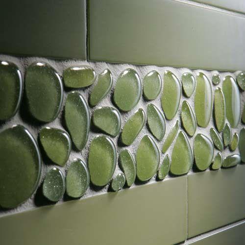 Azulejos de vidrio reciclado. Originales, sí son.