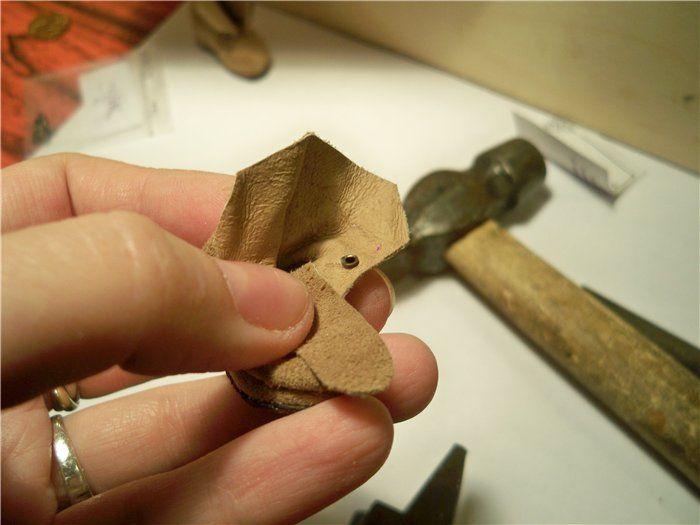 Очень хочется делать обувь для наших кукол максимально приближенной к человеческой. Этому помогает миниатюрная фурнитура. Но даже когда она есть, возникают…