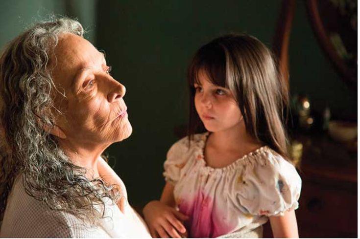 """#Ariel2015 El premio Ariel a la Mejor Coactuación Femenina es para Isela Vega por """"Las horas contigo""""."""
