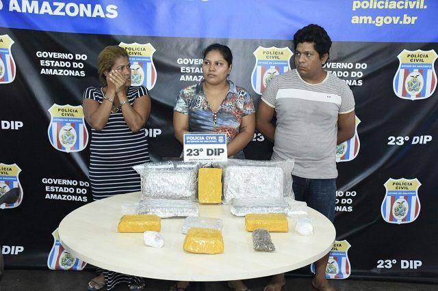 Casal é flagrado com 10 kg de drogas e mulher é presa por receptação no bairro Armando Mendes Investigadores do 23º Distrito Integrado de