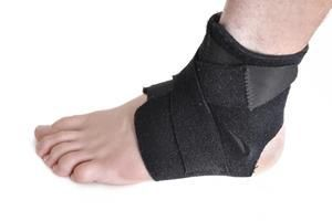 Exercises for Torn Ankle Ligaments | LIVESTRONG.COM
