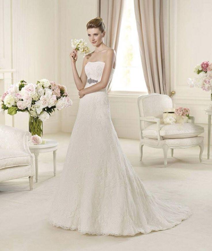 Udine esküvői ruha http://lamariee.hu/eskuvoi-ruha/pronovias-2015/udine