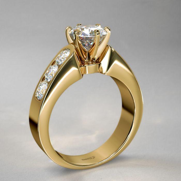Anillo de Diamantes Redondos de 1qt. con Canales en Oro Amarillo de 14k