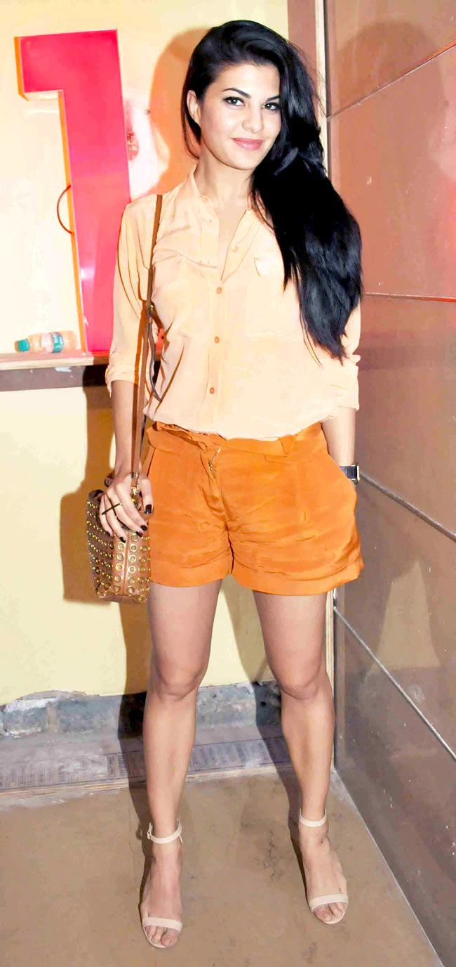 Jacqueline Fernandez at a special screening of 'Gulaab Gang' #Style #Bollywood #Fashion #Beauty