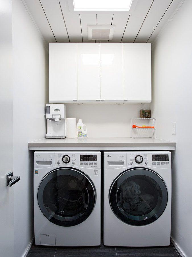 Functionele, kleine wasruimte - moderne bungalow